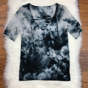 American Eagle Tie-Dye Lace Up Short Sleeve Tee